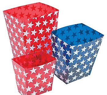 Fun Express 13698559 Plastic Patriotic Candy Buckets