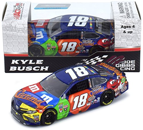 Lionel Racing Kyle Busch 2017 Pocono Win Raced Version M&M's Caramel NASCAR Diecast 1:64 Scale (Winning Tire Race)