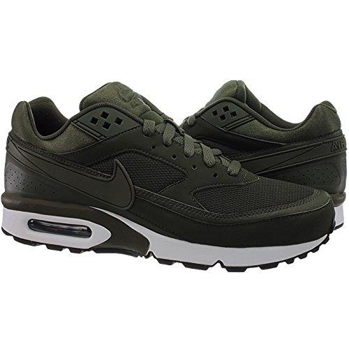 Nike , Baskets pour homme vert vert