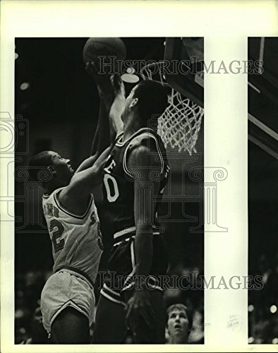 (Vintage Photos Historic Images 1984 Press Photo UTSA vs Rice Basketball, UTSA Bernard Brown, Rice Tony Barnett - 10 x 8 in)