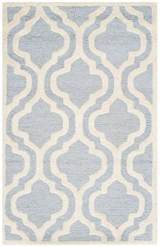 (Safavieh Cambridge Collection CAM132A Handcrafted Moroccan Geometric Light Blue and Ivory Premium Wool Area Rug (2'6