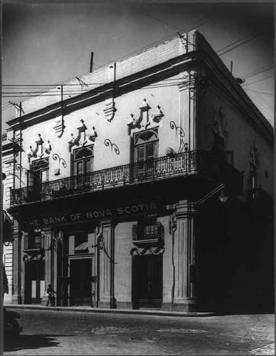 photo-banknova-scotiac-cuba-225architecturebuildingsexteriorbalconyhavana1935