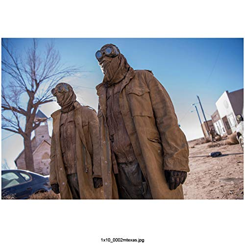 Midnight, Texas 8Inch x 10Inch two sand people on-set photo ed