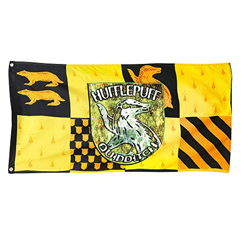 harry-potter-hufflepuff-house-quidditch-banner-hufflepuff