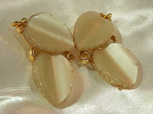 Vintage 1960's Lisner Moonglow Gold Tone Clip Earrings - Very Pretty PU-129