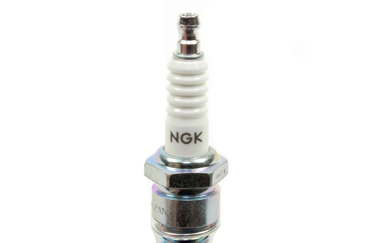 NGK 5111 BP7HS Import Plugs 4//Box