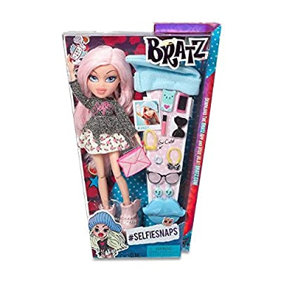 Bratz #SelfieSnaps Doll- Cloe (Discontinued by manufacturer): Toys & Games