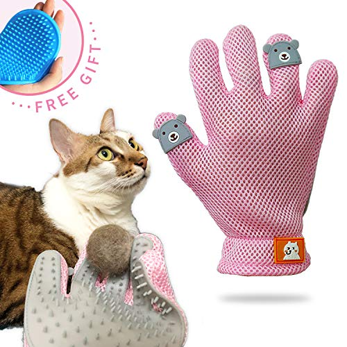 with Grooming Mitts design