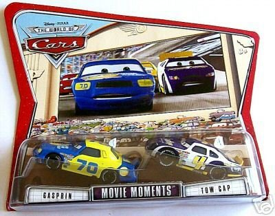 Cars World Of Cars Gasprin and Towcap Movie Moments 2-Pack