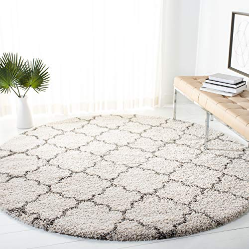 Safavieh Hudson Shag Collection SGH282A Ivory and Grey Moroccan Geometric Quatrefoil Round Area Rug (5' Diameter) (Shag Rugs Round)