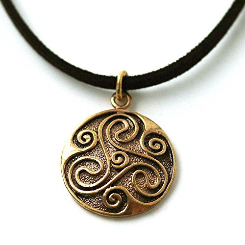 Bronze Engraved Celtic Knot triskelion Necklace Pendant Charm Vintage Thailand Made Jewelry