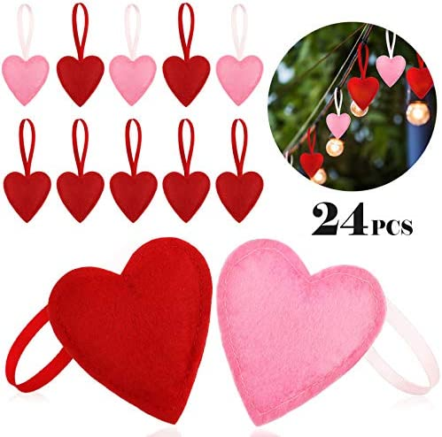 tree decorations Valentine's Day Love Heart gift bags KNITTING PATTERN