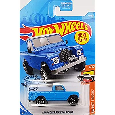 Hot Wheels Land Rover Series III Pickup 111/250, Blue: Toys & Games
