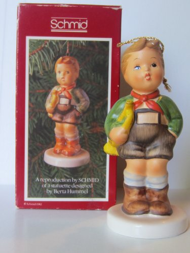 """Hark the Herald"" Christmas Figurine First Edition 1983 - Berta Hummel"