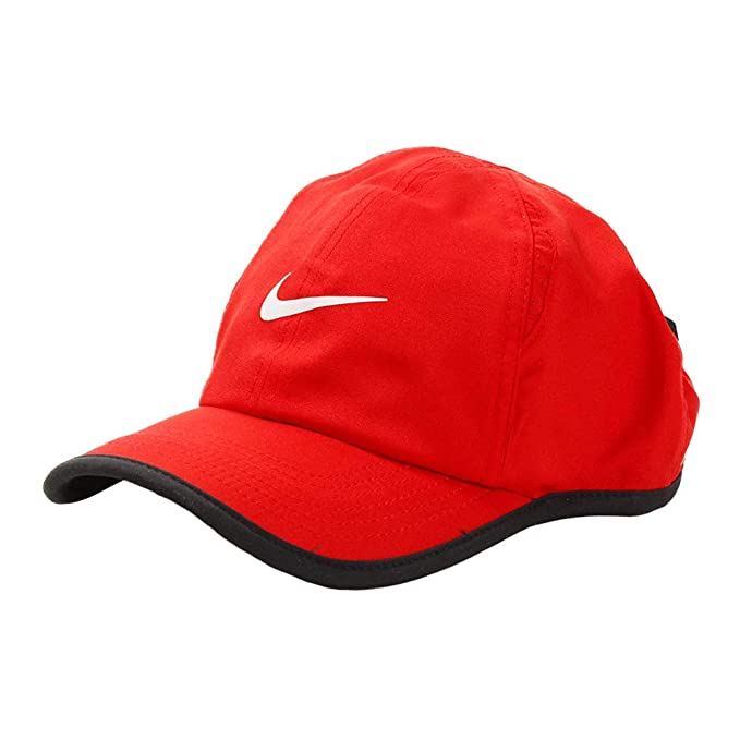 d7e19addd91f3 Nike Boy s Featherlight Printed Adjustable Hat  Amazon.ca  Luggage ...
