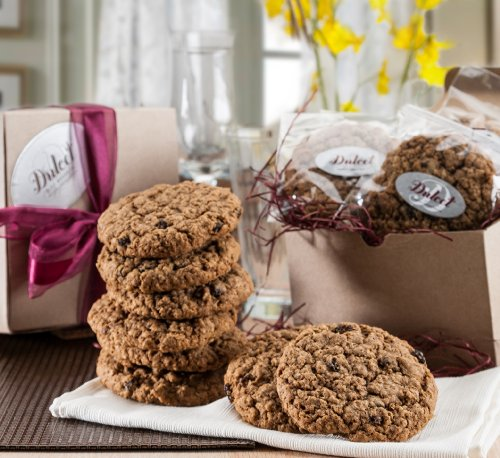Dulcet Oatmeal Raisin Cookie Gift Basket-Includes: Old Fashioned Oatmeal Raisin Fresh Baked Cookies (12), Gourmet Classic Gift Box, Fresh and Tasty. Top Gift! (Oatmeal Cookie Gift Baskets)
