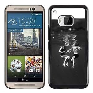 iKiki Tech / Estuche rígido - Kids Black White Sweet Mom - HTC One M9