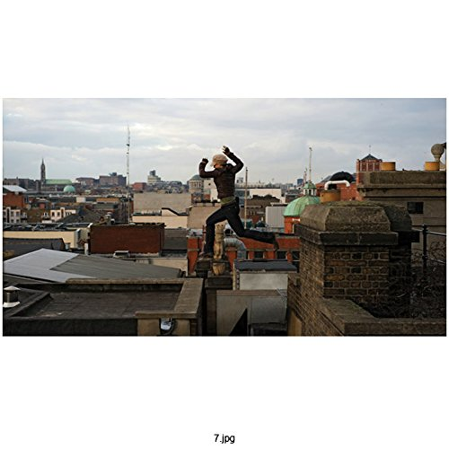 Haywire (2011) 8 inch x 10 inch Photo Gina Carano Mid-Air Jump from Rooftop to Rooftop kn