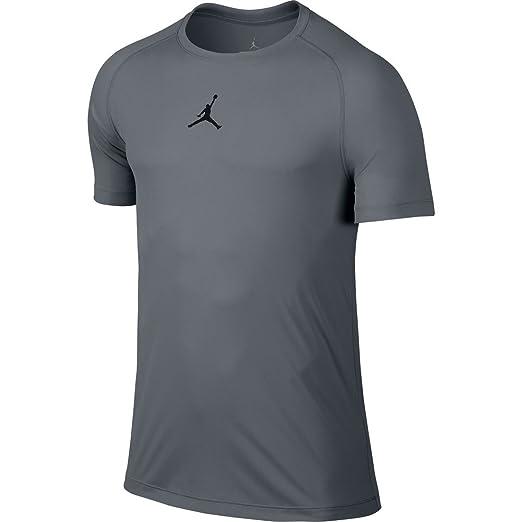 542aac6f4b60 Amazon.com  Nike Air Jordan Flight Diamond Men s Basketball Shirt  Sports    Outdoors