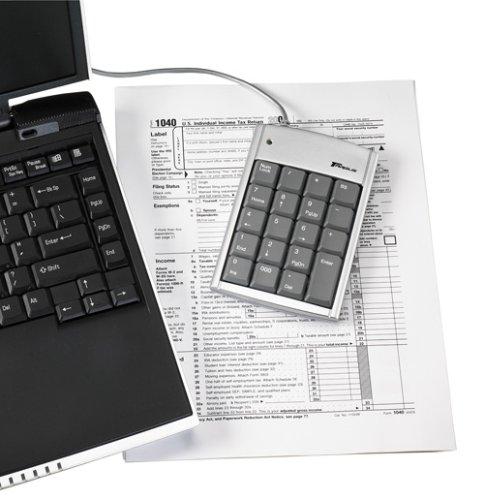 Targus PAKP004U USB Numeric Keypad with 2-port Hub by Targus