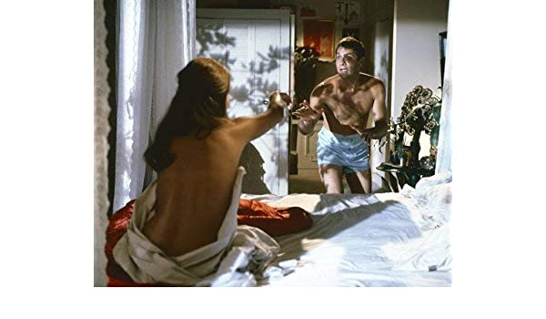 Claudia Cardinale And Tony Curtis In Don T Make Waves In Bedroom