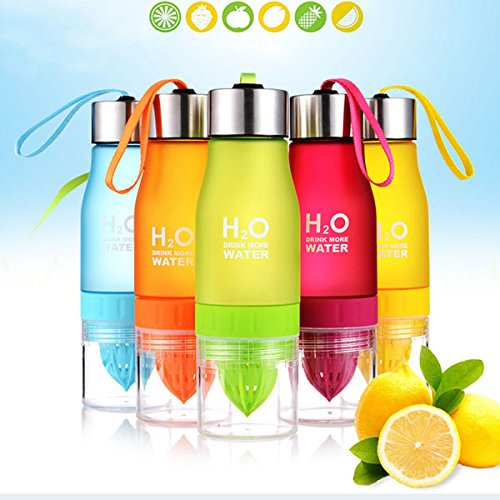 650ml H20 Water Bottle Portable Juice Lemon Fruit Infuser Cup (Random: Color)