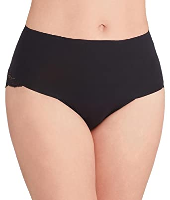 73235334cc0 SPANX Women s Undie-Tectable Lace Cheeky Briefs at Amazon Women s Clothing  store
