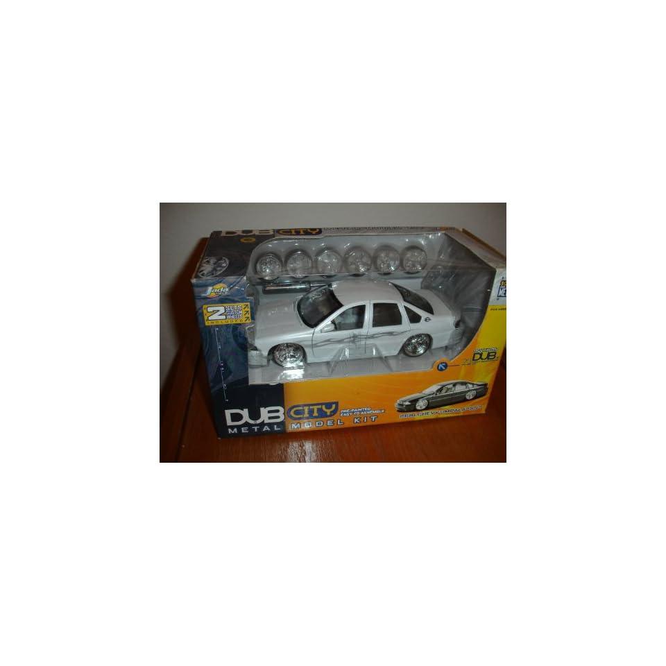 DUB CITY 1996 Chevy Impala SS 124 Scale Diecast Model Kit