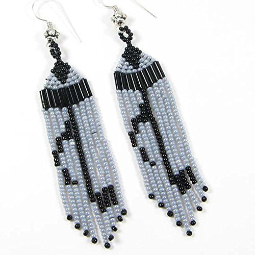 La vivia BLACK GREY SEED BEADS BEADED MUSICAL NOTE EARRINGS- (Grey Czech Seed)