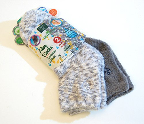 Aloe Moisture Socks by Earth Therapeutics, 2 Pack: Gray, Plaid, Infused with Natural Aloe Vera Vitamin E by Earth Therapeutics