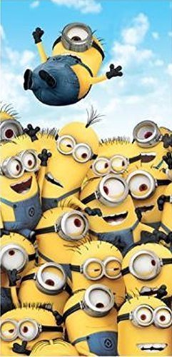 Franco Minions Pile Up Beach Towel Measures 28 x 58 inches]()