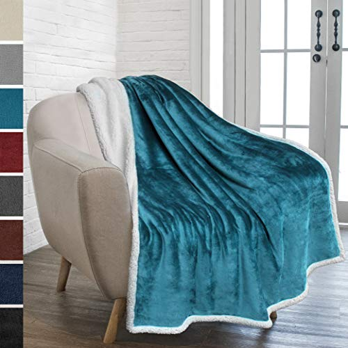 PAVILIA Premium Sherpa Throw Blanket for Couch Sofa | Super