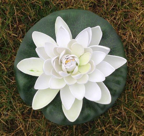 Wasserlilie Schwimmend Lotusblüte Lotusblume Seerose 22 cm groß künstliche Blumen sehr original wie echt Deko Teichrose (weiß)