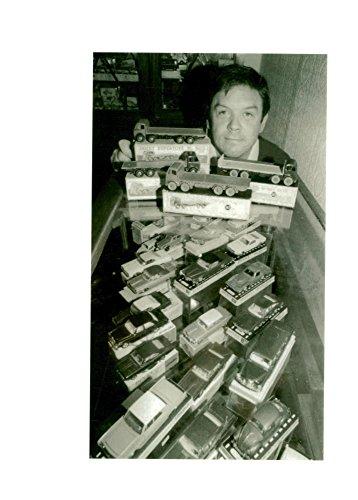 Toys Meccano Dinky (Vintage photo of Dinky toys.)