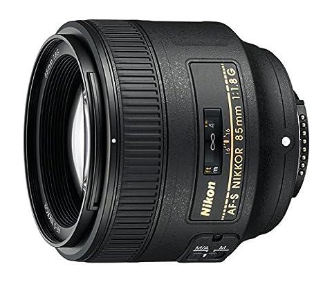 Nikon AF FX NIKKOR 85mm f/1.8G Fixed Lens with Auto Focus for Nikon DSLR Cameras (Nikon 85 Mm D)