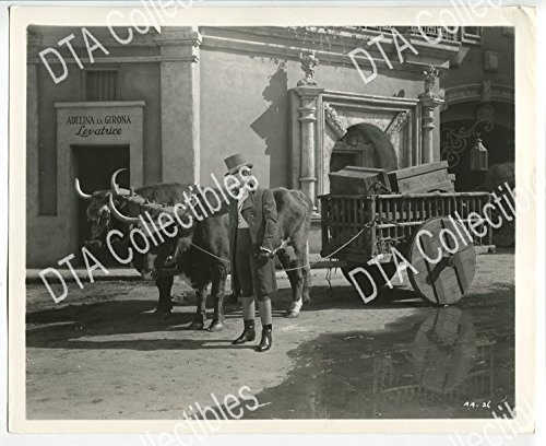 Pulling Animal (ANTHONY ADVERSE-8x10 PROMO STILL-FREDRIC MARCH-WAGON PULLING ANIMAL VG/FN)