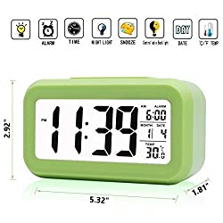 iProtect Battery Powered Digital Alarm Clock with Extra Large Display, Snooze, Date, Temperature and Light Sensor in Green