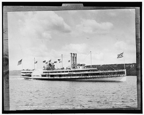 Photo: Steamboat,ship,New York,Albany Day Line,Hudson River,water travel,sailing,1887