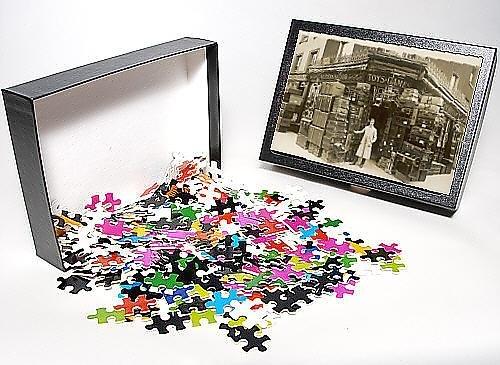 Photo Jigsaw Puzzle Of Paddington Luggage Shop