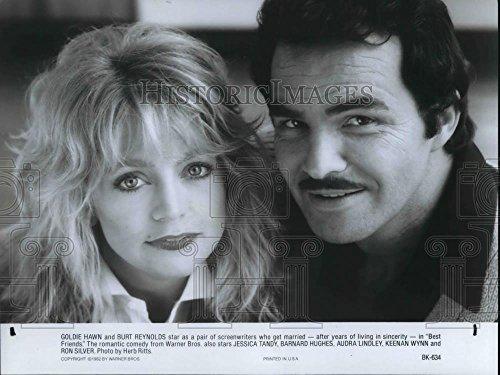 Vintage Photos 1982 Press Photo Burt Reynolds & Goldie Hawn in Best Friends - cvp30915-7.25 x 9.75 in. - Historic Images