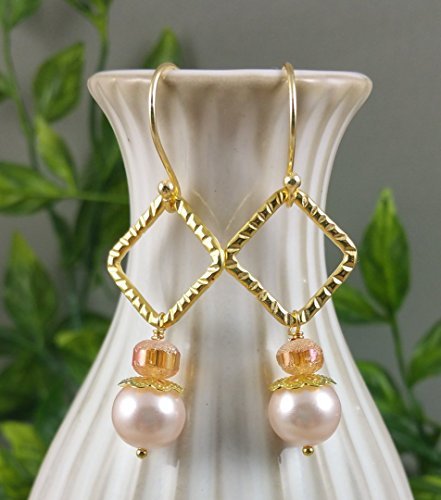 Cream Pearl Golden Amber Earrings in Neutral tones made with Petite Glass Crystals Gold