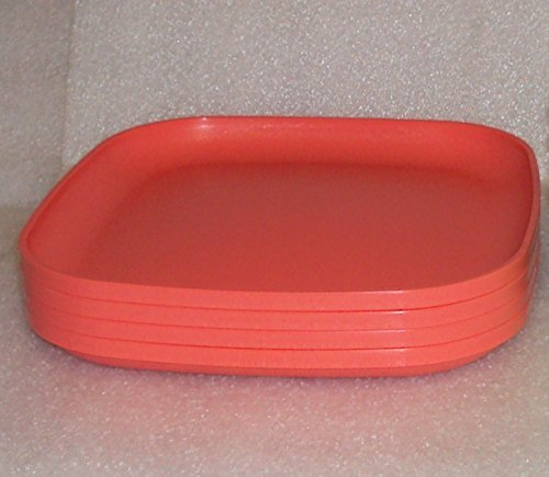 Tupperware Luncheon Plates in Guava/Red
