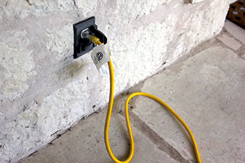100-ft 12/3 Heavy Duty 3-Outlet Lighted SJTW Indoor/Outdoor Extension Cord by Watt's Wire - Long Yellow 100' 12-Gauge Grounded 15-Amp Three-Prong Power-Cord (100 foot 12-Awg) by Watt's Wire (Image #4)