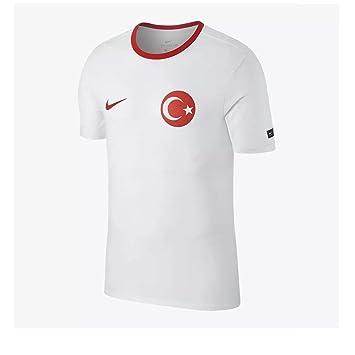 7885b3c0 Nike Men's Turkey Crest T-Shirt: Amazon.co.uk: Sports & Outdoors