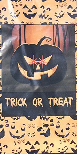 Halloween Scary Pumpkin Trick or Treat Light-Up Door Cover - Battery (Halloween Scary Tricks)