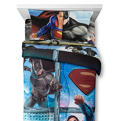 4pc Batman vs Superman Twin Bedding Set Crime and Punishment Comforter and Sheets