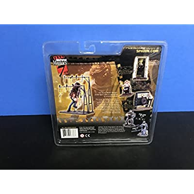 McFarlane Toys Movie Maniacs Series 7 Action Figure Texas Chainsaw Massacre Erin: Toys & Games