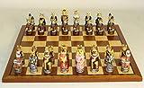 Cats & Dogs Chessmen de resina pintado sobre Sapele/Veneer Junta