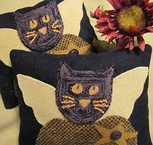 Punch Needle Embroidery MS.KITTY PILLOW