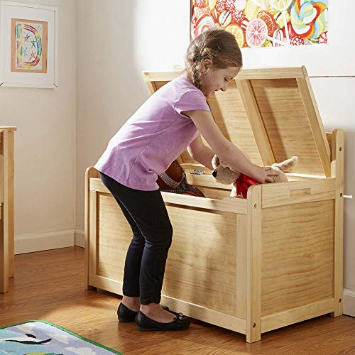 Melissa & Doug Wooden Toy Chest - Honey, Blonde, Great Gift for Girls and Boys - Best for 3, 4, 5 Year Olds and Up